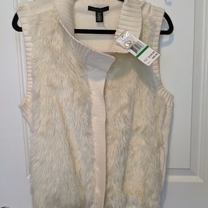 NWT Sz Large Kenneth Cole Faux Fur Cream Vest